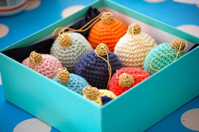 1000 идей вязаных игрушек на елку