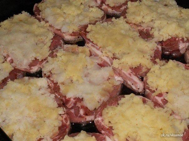 Свинина кусочками с ананасами в духовке рецепт