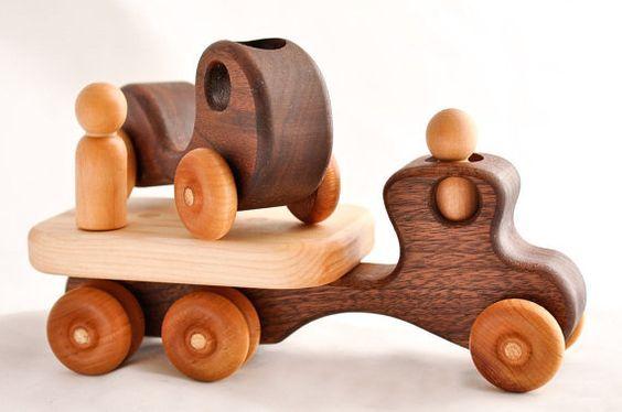 Как сделать машинку из дерева своими руками