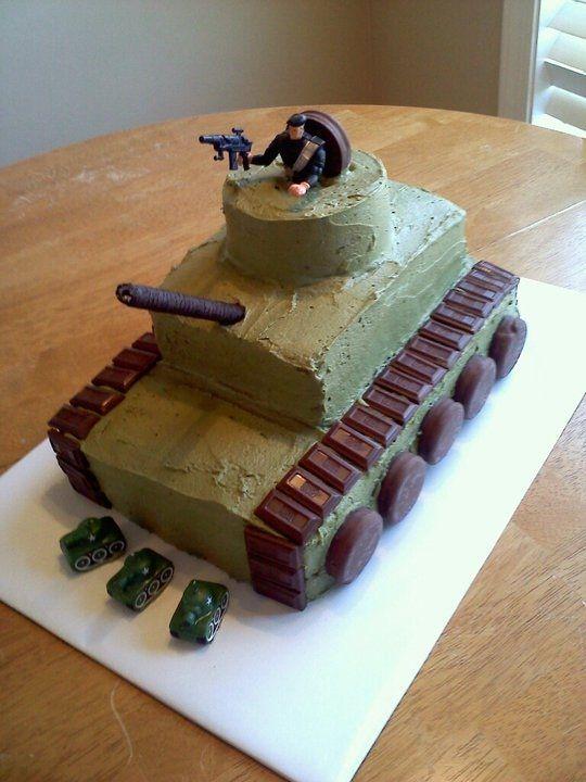 торт танк с кремом