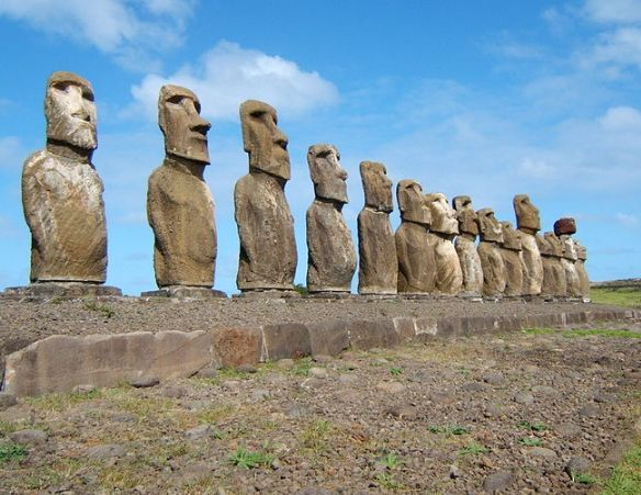 фото каменные идолы