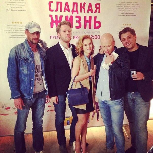 ochen-volosatie-sladkaya-zhizn-polnaya-versiya-porno-anal