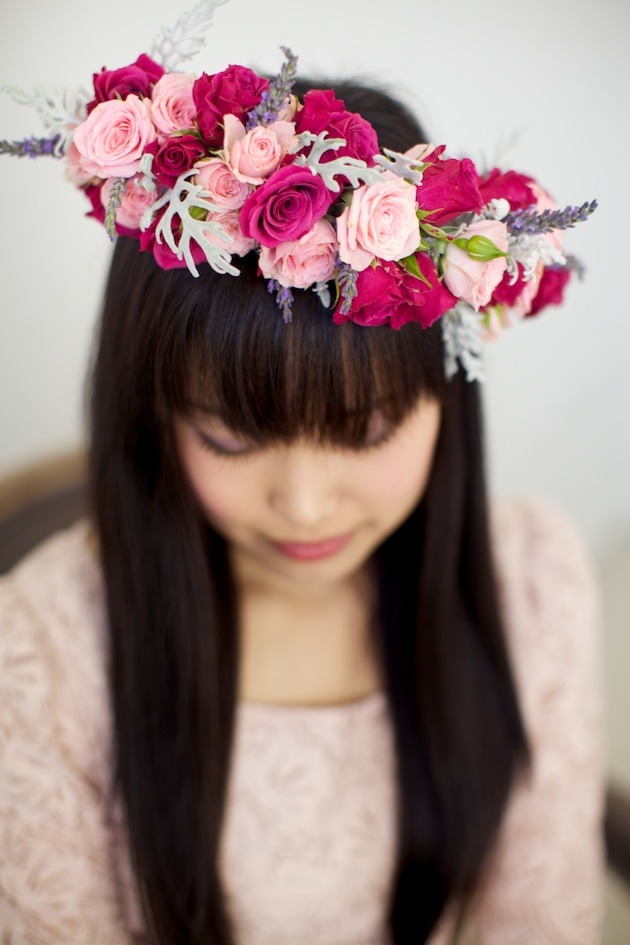 Венки на голову из цветов своими руками фото 852