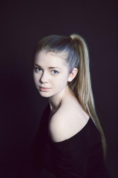Анастасия Уколова биография, личная жизнь, фото, муж, дети.