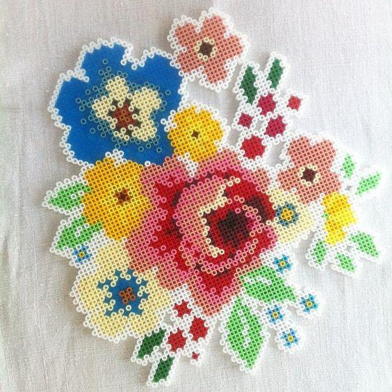 цветы из термомозаики
