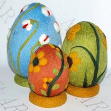 яйца на Пасху в технике валяни