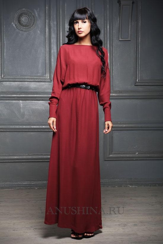Платья с длинной рукавом