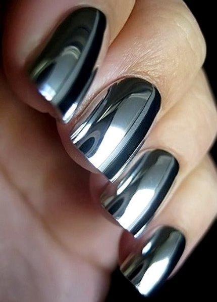 nail art с зеркальным лаком
