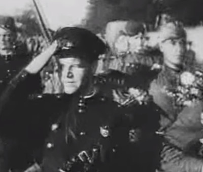 Парад Дня Победы (документальная хроника)
