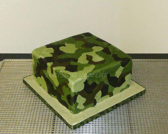 Фото торта погон камуфляжа