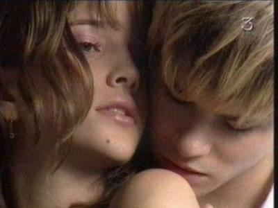 Сериал мятежный дух секс мия и мануэля