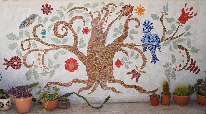 Мозаика своими руками на стенах