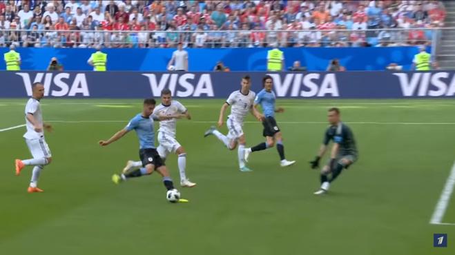 ЧМ-2018 по футболу игра между Уругваем и Россией 25 июня