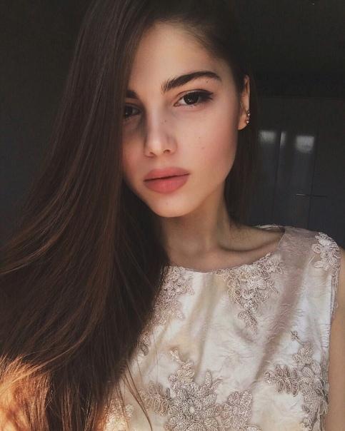 Катя Афони Слив