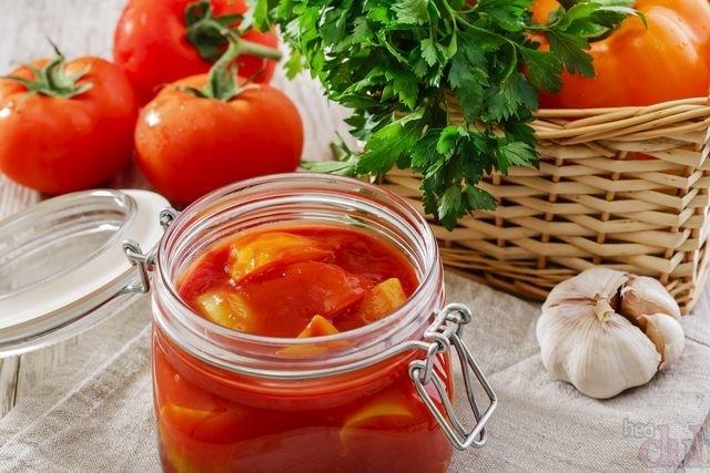 Как сделать лечо из помидор и перца с луком9