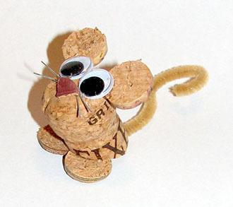 мышь из винных пробок своими руками