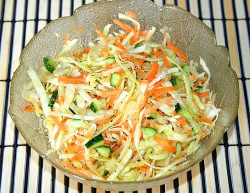 Салат на скорую руку с капустой