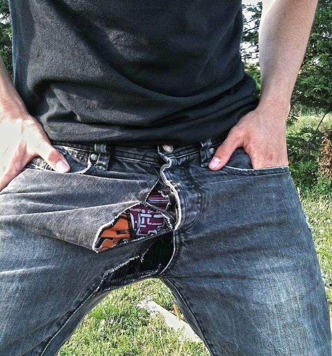 В штанах у мужчин видео что