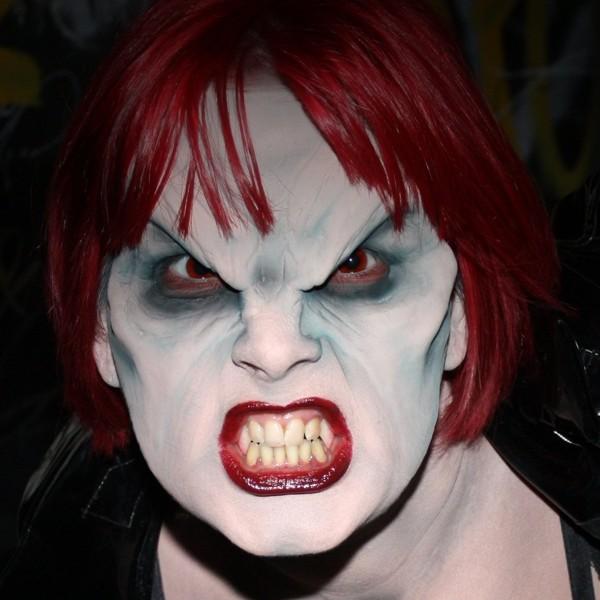 маска вампира
