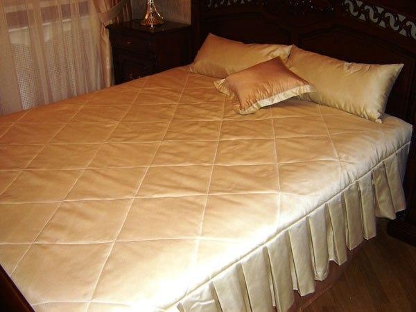 Как пошить покрывало на кровать самой видео