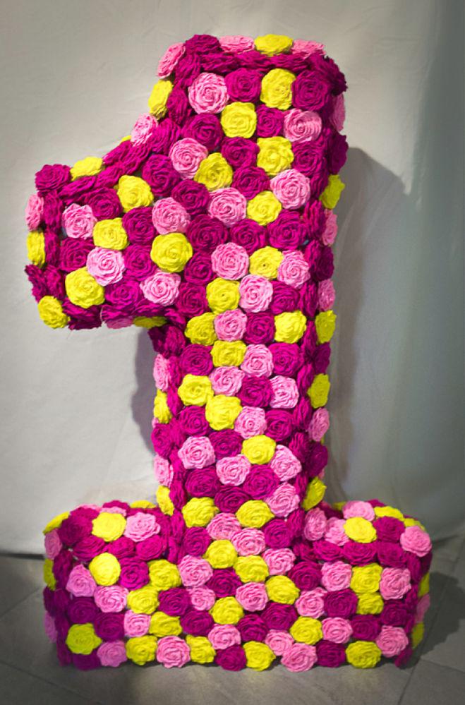 как сделать единичку из цветов