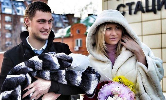 Дом 2 Элина Камирен и Александр Задойнов