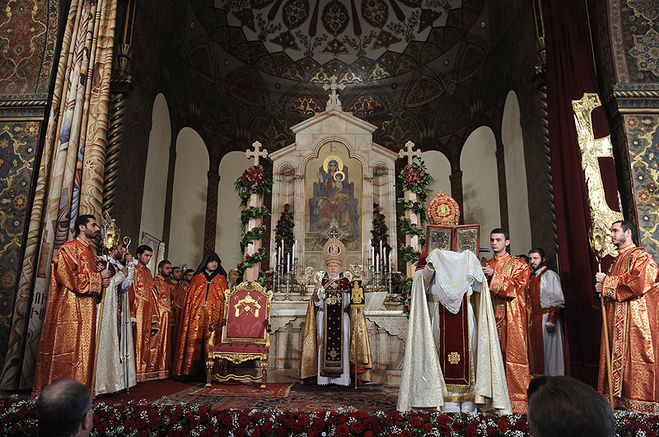 врмянская апостольская церковь и православие в чем разница годах холдинг Аникеева