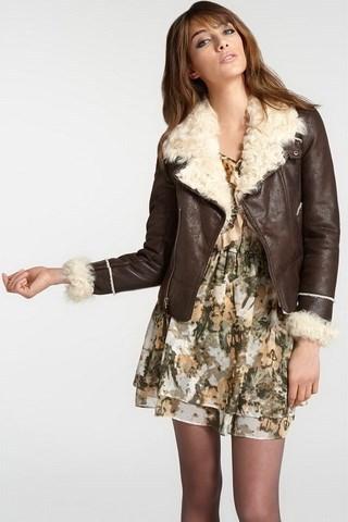 Зимой легкое платье