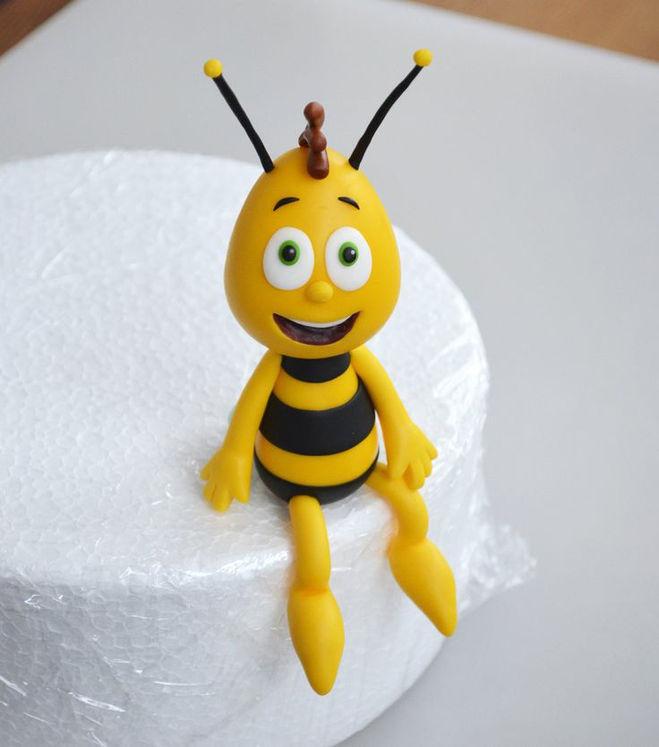 Как сделали пчёлку майю