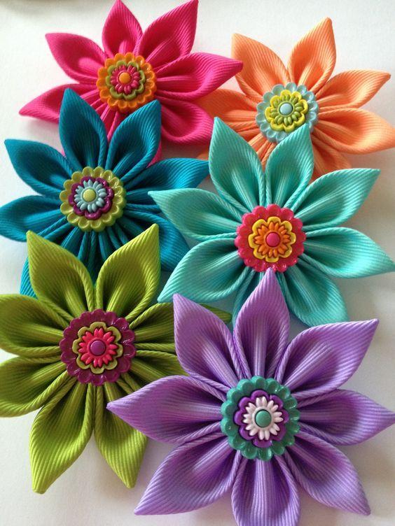 цветы своими руками из ленточек