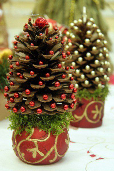 елка из шишки своими руками