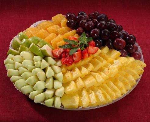 Как красиво оформить фруктовый салат