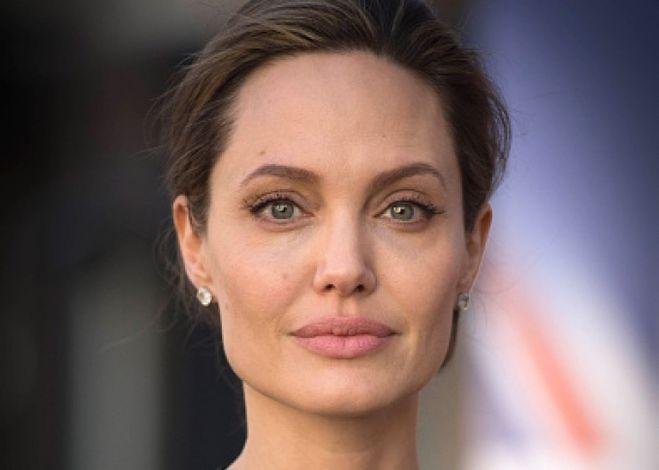 Дженнифер Энистон будет свидетелем Анджел. Джоли в суде против Брэда Питта?