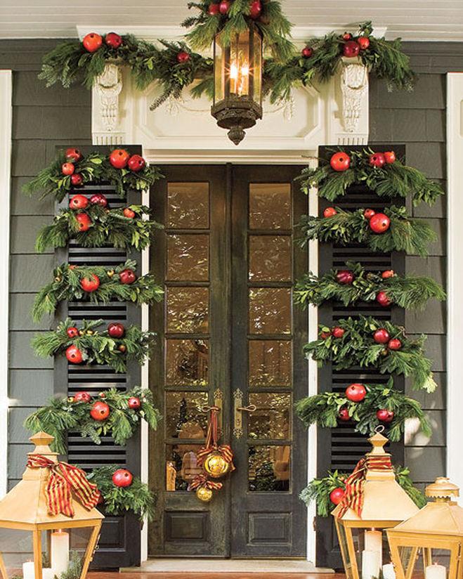 Украшения дверей на новый год своими руками фото