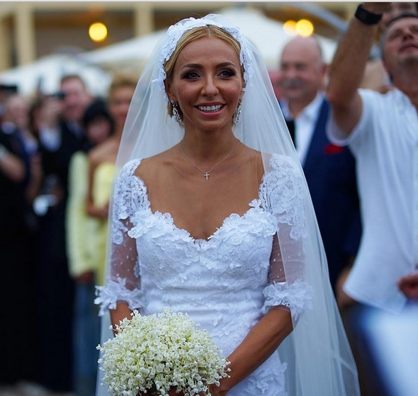 свадьба навки и пескова, букет невесты, гипсофила