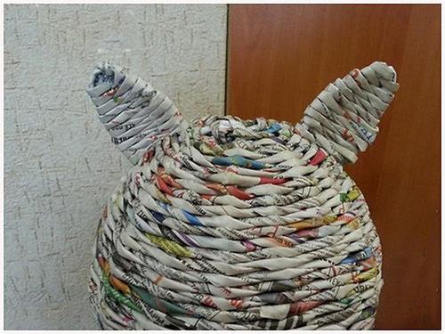 кошка из газетных трубочек своими руками мастер-класс