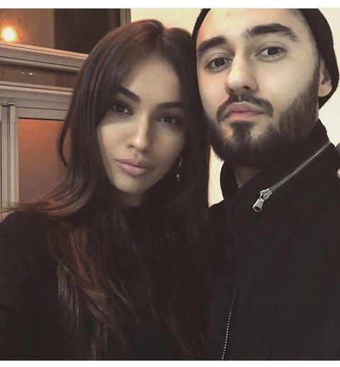 только мот фото с женой рынке представлен
