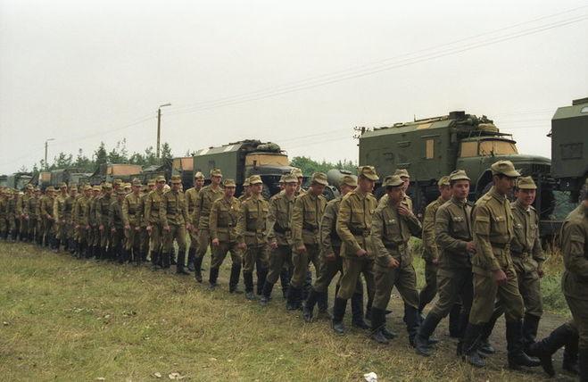 Что делали советские войска в польше в 1980 году?
