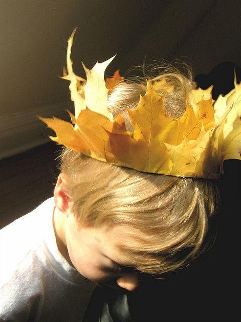 Корона из листьев своими руками
