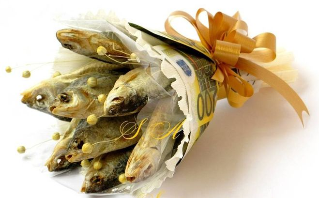 Как сделать букет их рыбы