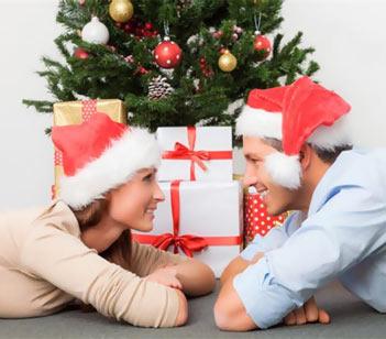 Что подарить жене на Новый 2017 год Петуха?