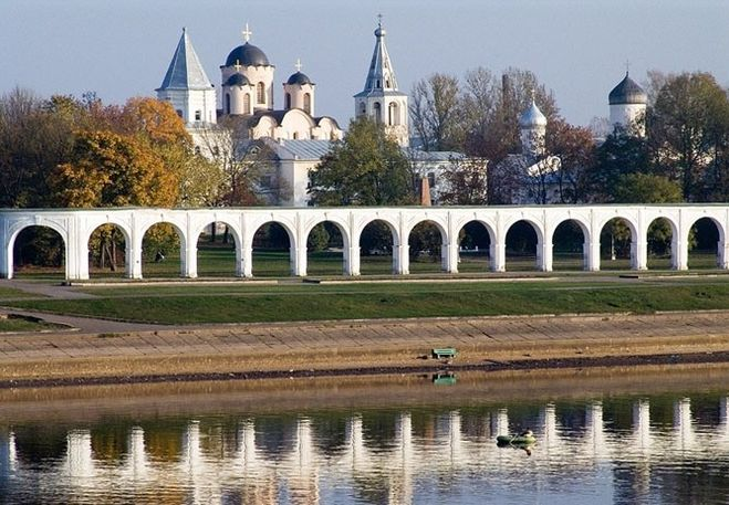 Как называются жители Великого Новгорода? Как правильно называть жителей города Новгорода? Как надо называть жителей Великого Новгорода? Как следует называть жителя и жительницу Новгорода?Как называют жителей Великого Новгорода?