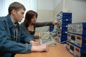 Какие экзамены нужно сдавать на радиотехника ?