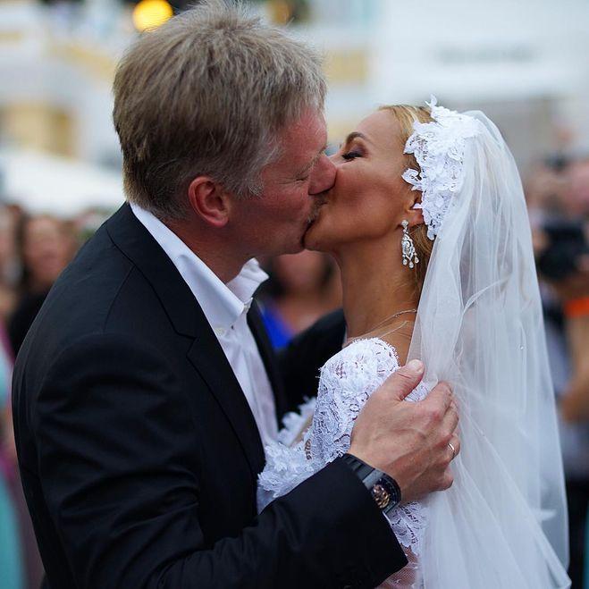 свадьба навки и пескова, часы пескова, усы пескова