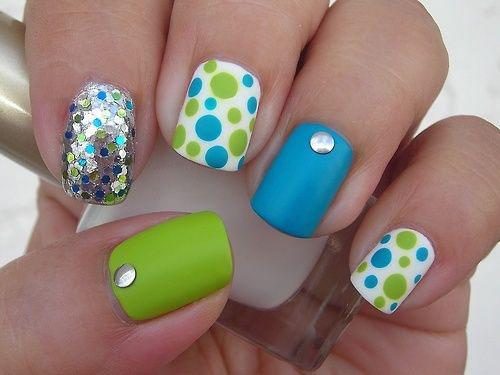 Самые простейшие узоры на ногтях
