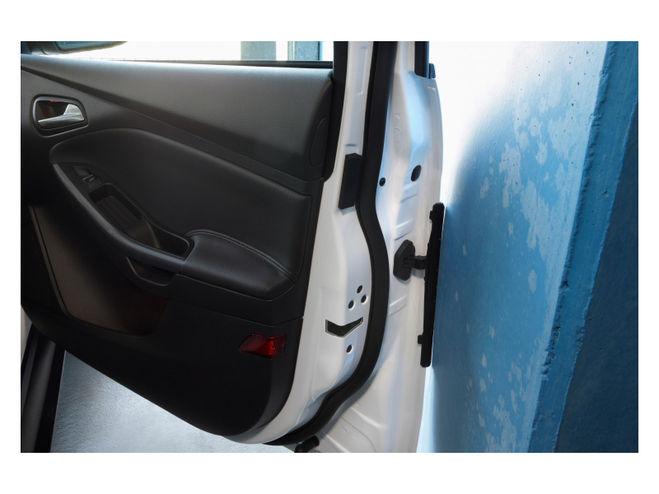 Данная защита представлена в автомобиле Форд фокус