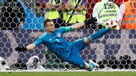 Игорь Акинфеев ЧМ-2018 по футболу Россия - Испания