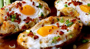 фаршированный картофель с яйцом