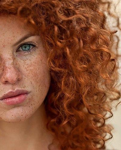 Стрижка для рыжих волос женщины фото