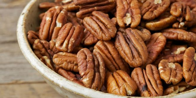 пекан и грецкий орех ккал